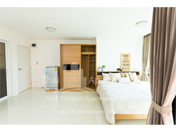 @44 @45 Exclusive Apartment Prachacheun image 4