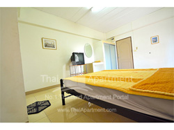 Modern Place Apartment image 4