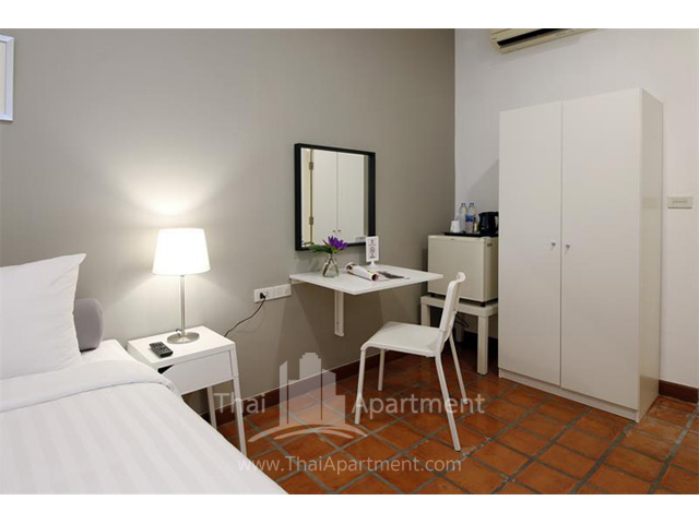 Ratchadamnoen Residence image 10