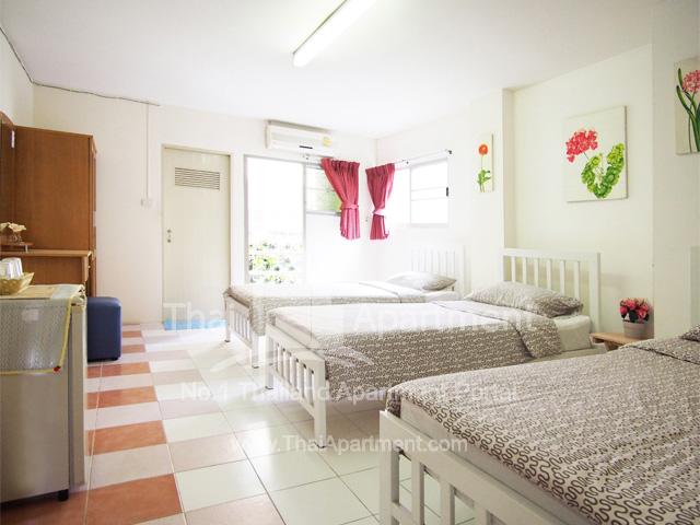 Thanapa Mansion image 4