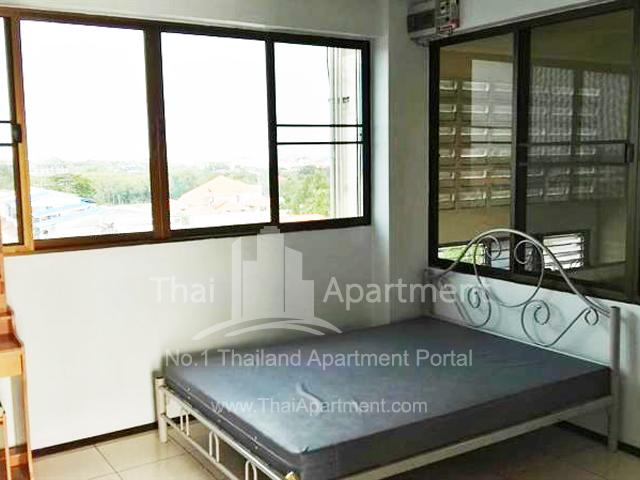 Chonlada House image 2