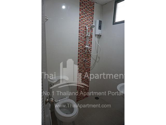 Ruan Kwan Apartment  image 4