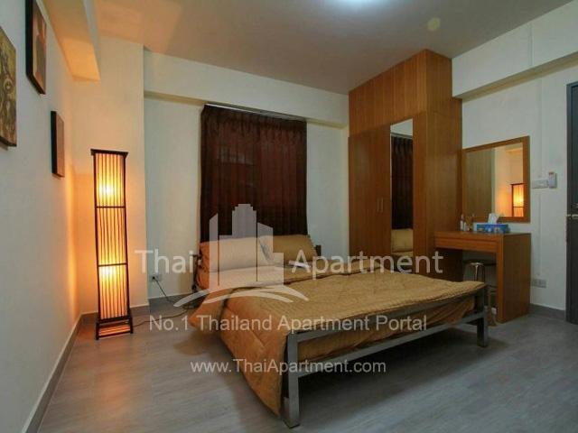 Somkid Mansion image 3