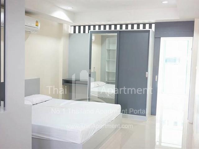 PW Apartment image 1
