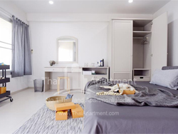 Rama 9 Apartment image 3