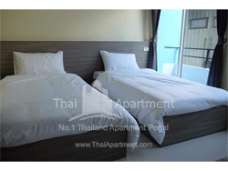 The Village (7 min walk from MRT Phra Ram 9) image 3