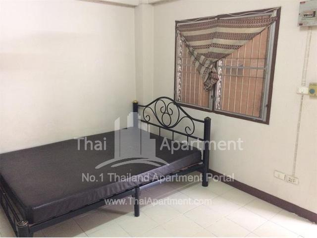 Kim-Leng Apartment image 1