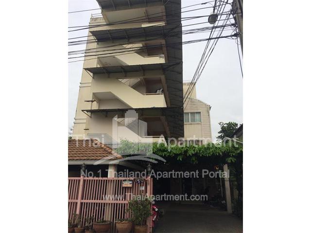 Kim-Leng Apartment image 4
