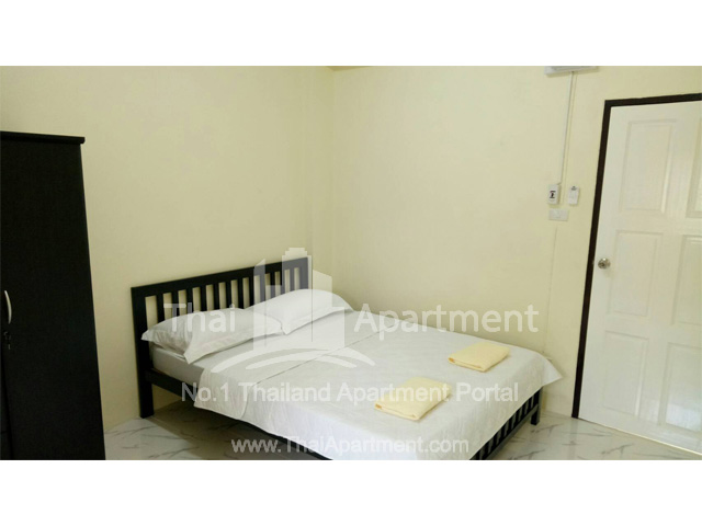 427 Apartment image 1