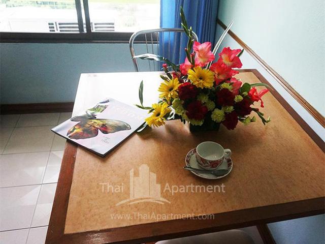 Witchuwan Apartel image 4