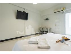 T Hostel Rama 4 image 5