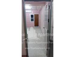 Sakon Apartment image 4