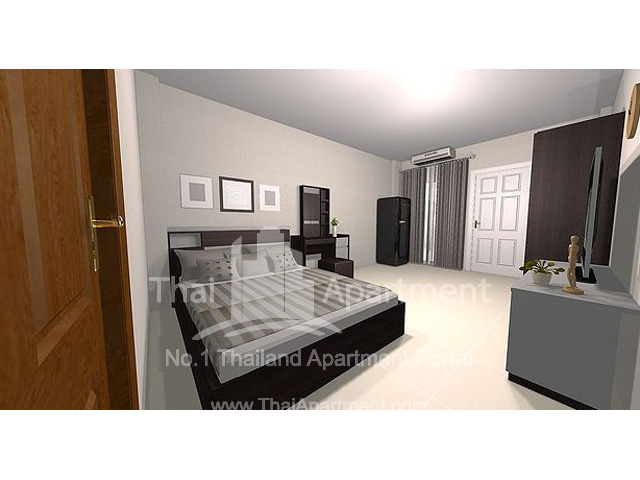 SR HOUSE image 2