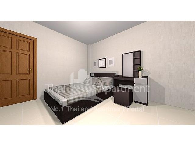 SR HOUSE image 3