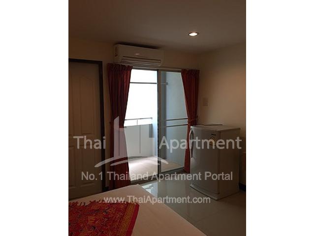 RJ Apartment image 5