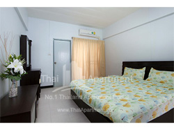 Crystal House Apartment image 6