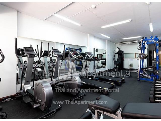 Ruen Romruen Apartment image 5