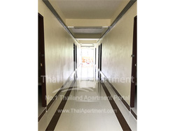 Amphorn Apartment image 2