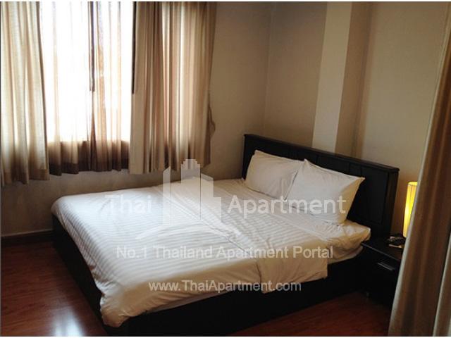 B8 ROOMS Apartment image 3