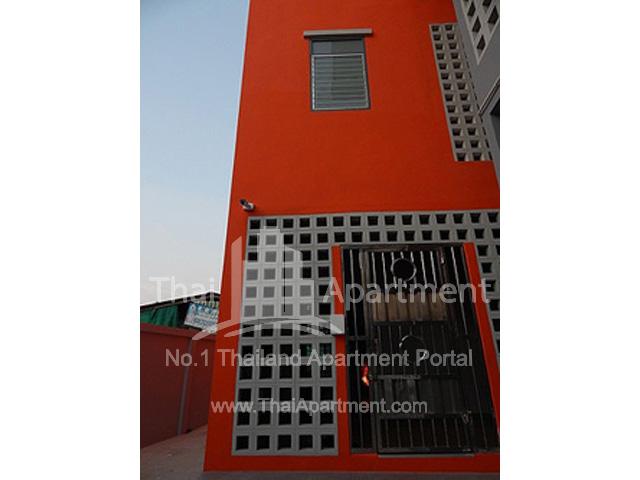 Chandhisuk Place image 2