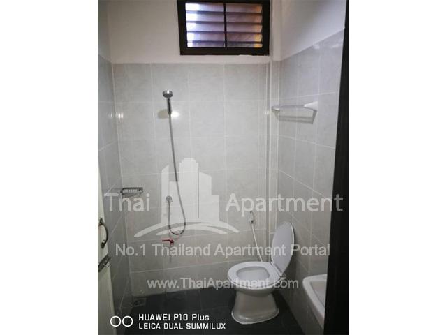 33 Apartment image 6