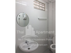 Krungthonburi Place image 4