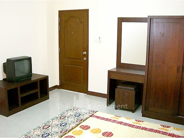 Yousiri Place image 4