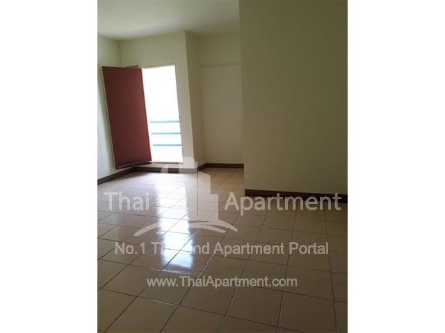 Manwattana Apartment Lat Lum Kaeo Pathum Thani image 8