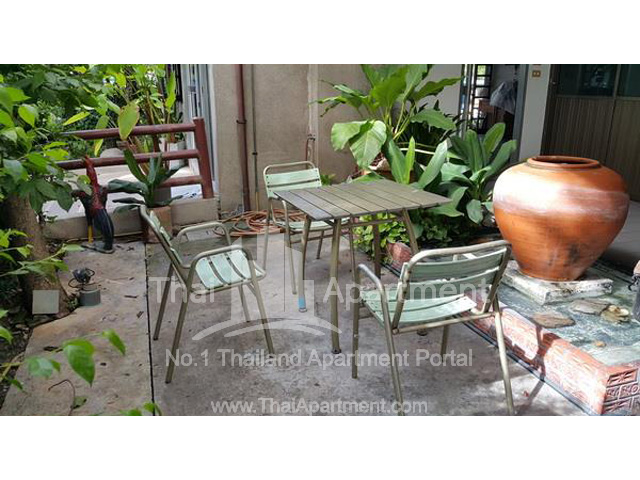 Chitgaroon Apartment image 8